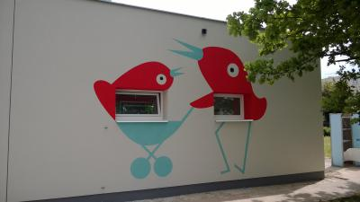 Decorative painting on nursery facade - MS Dobruška